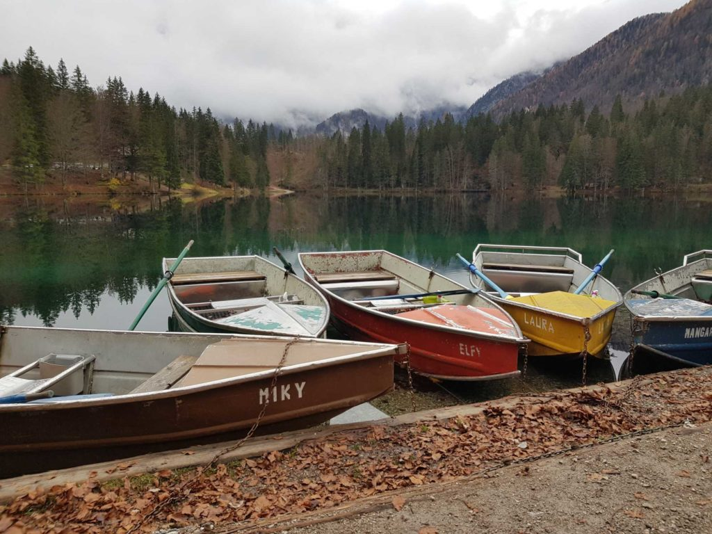 Boote zum Ausleihen, Laghi di Fusine, © Elisabeth Pfeifhofer